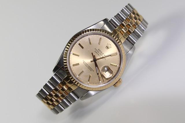 ロレックス最上位のデイデイト!プラチナ×ダイヤモンドの夢の時計を見てみよう!